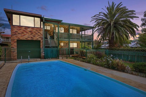 2 Eighth Avenue, Toukley, 2263, Central Coast - House / Dual living options with two kitchens  / Balcony / Deck / Swimming Pool - Inground / Garage: 2 / Air Conditioning / Built-in Wardrobes / Dishwasher / $680,000