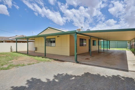 10 Starlight Place, South Kalgoorlie, 6430, East - House / Be Surprised!!! / Carport: 2 / Living Areas: 1 / $299,000