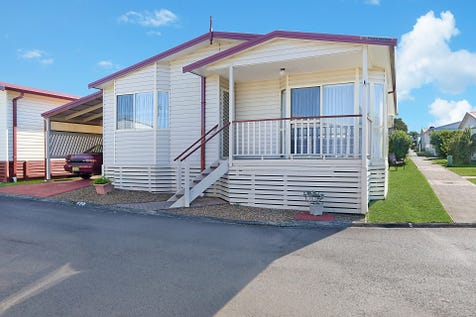 Villa 170/25 Mulloway Road, Chain Valley Bay, 2259, Central Coast - Retirement Living / POSITION, POSITION, POSITION / Balcony / Deck / Fully Fenced / Shed / Carport: 1 / Secure Parking / Air Conditioning / Dishwasher / Split-system Air Conditioning / $265,000