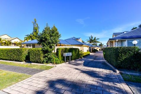 9/39-41 Schnapper Road, Ettalong Beach, 2257, Central Coast - Villa / Quality Villa, Outstanding Location / Garage: 2 / Secure Parking / Air Conditioning / $650,000