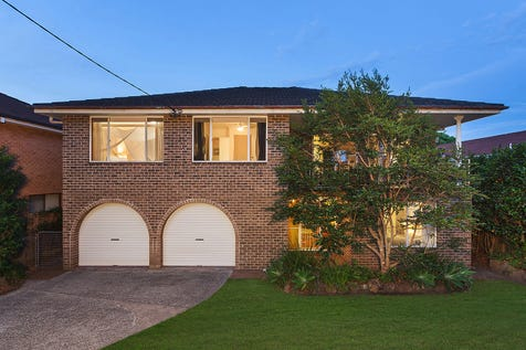 53 Havenview Road, Terrigal, 2260, Central Coast - House / Generous family home on 708sqm, a stroll to beach / Carport: 2 / $960,000