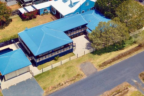 45 Jenkins Street, Davistown, 2251, Central Coast - House / Relax! You're home. / Swimming Pool - Inground / Garage: 2 / Open Spaces: 1 / Air Conditioning / Built-in Wardrobes / Floorboards / P.O.A