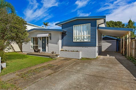 100 Aloha Drive, Chittaway Bay, 2261, Central Coast - House / Charming cottage just metres from the Lake! / Garage: 2 / $500,000
