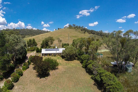 146 Roberts Road, Mudgee, 2850, Central Tablelands - Lifestyle / A Lot More Than An Average Lifestyle Farm / Garage: 4 / Living Areas: 1 / Toilets: 2 / $415,000