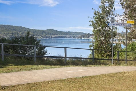 1 Allfield Road, Woy Woy, 2256, Central Coast - House / WATERFRONT RESERVE HOME WITH PLENTY OF POTENTIAL / Garage: 1 / $1,125,000