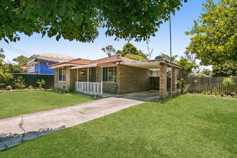 62 Burrawang Street (known as 13 Cambridge Street), Umina Beach, 2257, Central Coast - House / Neat Brick Home With 2 Street Frontages / Garage: 1 / $700,000