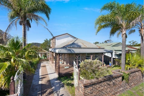 39 Webb  Road, Booker Bay, 2257, Central Coast - House / WALK TO THE BEACH AND FERRY / Garage: 1 / $730,000