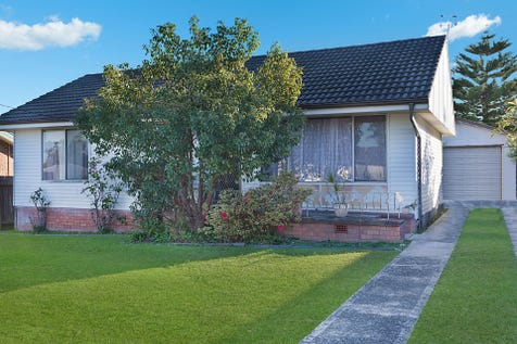 20 Athol Street, Toukley, 2263, Central Coast - House / 3 Bedroom Home on 696sqm Block / Garage: 1 / $470,000