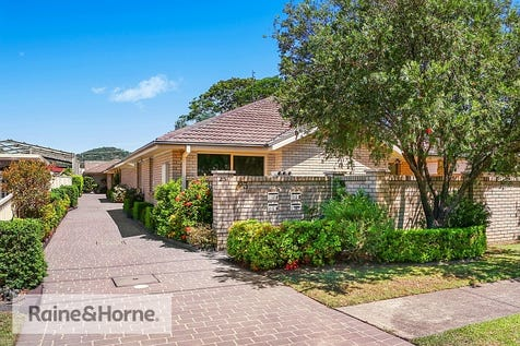 1/23 Greene Street, Woy Woy, 2256, Central Coast - Villa / HUGE VILLA – WALK TO SHOPS / Garage: 2 / $579,000