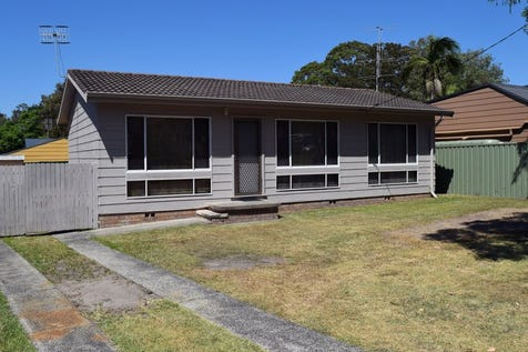 206 Scenic Drive, Budgewoi, 2262, Central Coast - House / Perfect Investment or 1st Home / $429,000