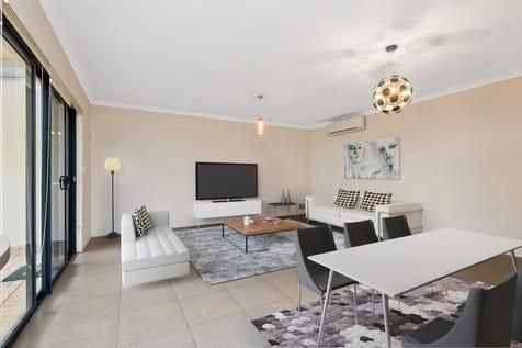4 Kembla Circle,, Madeley, 6065, North East Perth - House / LOCK UP AND LEAVE / Garage: 2 / P.O.A