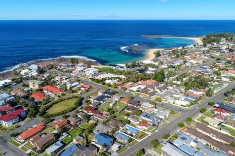 38A Bay Road, Blue Bay, 2261, Central Coast - House / Highly Sought-after & Prime Beachside Location / Balcony / Open Spaces: 2 / Air Conditioning / Toilets: 1 / $590,000