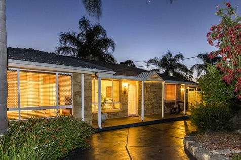 25 Glenlea Drive, Helena Valley, 6056, North East Perth - House / PEACE AND QUIET / Carport: 1 / Air Conditioning / Toilets: 1 / $649,000