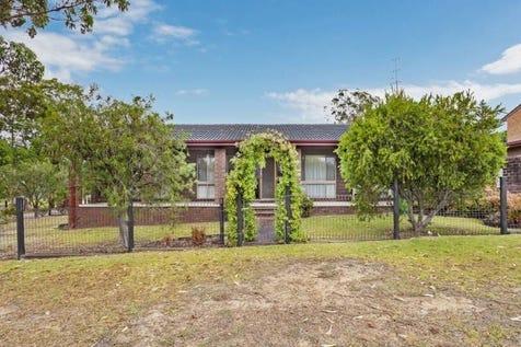 19 Parraweena Road, Gwandalan, 2259, Central Coast - House / Charm, Character and Location / Garage: 1 / $430,000