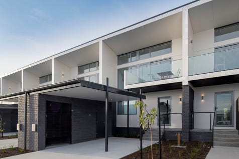 """""""North Shore""""/1 Bournville Cres, Claremont, 7011, Central Hobart - Townhouse / North Shore offers an unrivalled lifestyle opportunity, within an incredible private peninsula location. / Deck / Carport: 1 / Built-in Wardrobes / Dishwasher / Reverse-cycle Air Conditioning / Living Areas: 1 / Toilets: 2 / $439,000"""