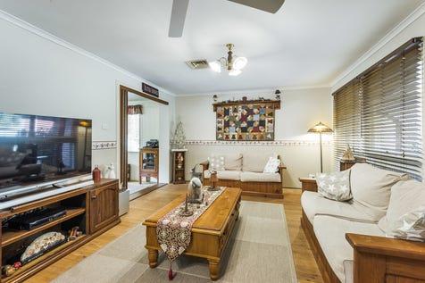 22 Stachon Street, North Gosford, 2250, Central Coast - House / Super Family Friendly / Garage: 2 / $650,000