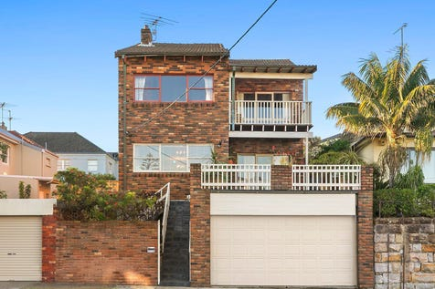 2 Liguria Street, South Coogee, 2034, Eastern Suburbs - House / Versatile and spacious home offering ocean views / Deck / Garage: 2 / Built-in Wardrobes / Gas Heating / $3,000,000