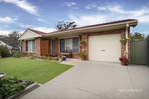 45 Campbell Parade, Mannering Park, 2259, Central Coast - House / IMPECCABLE! / Garage: 1 / Ensuite: 1 / $530,000