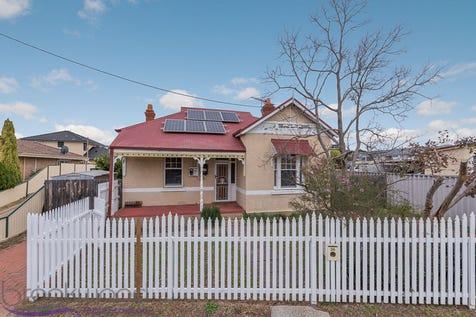 36 Elvire Street, Midland, 6056, North East Perth - House / 100 YEARS ON / Carport: 1 / Toilets: 1 / $319,000