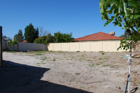 32A Garratt Road, Bayswater, 6053, North East Perth - Residential Land / Level Green Title Rear Block In Bayswater Village Precint / Fully Fenced / $349,000