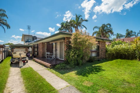 1 Rickard Road, Empire Bay, 2257, Central Coast - House / SUIT MEDICAL CENTRE / Balcony / Carport: 1 / Garage: 1 / Air Conditioning / Floorboards / Toilets: 1 / $650,000