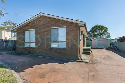 123 Wallarah Road, Gorokan, 2263, Central Coast - House / RENOVATORS DELIGHT! / Garage: 1 / Toilets: 1 / P.O.A