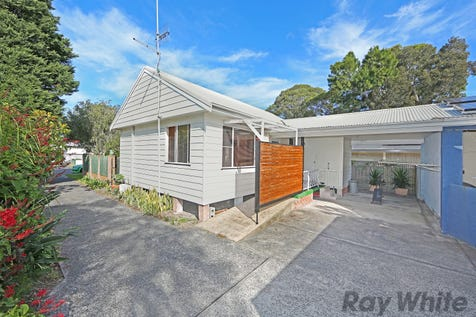 21A Alexandra Street, Budgewoi, 2262, Central Coast - House / The Heart of Town / Carport: 1 / Air Conditioning / Toilets: 1 / $329,000