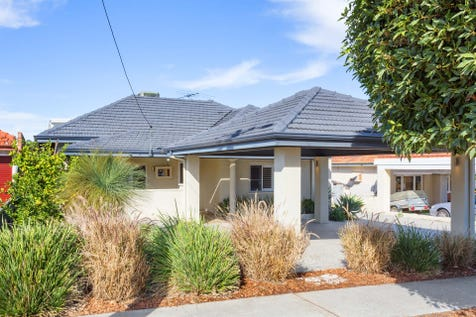 124 York Street, Bedford, 6052, North East Perth - House / CHARACTER CHARMER IN QUIET CUL DE SAC / Carport: 2 / Toilets: 2 / $669,000