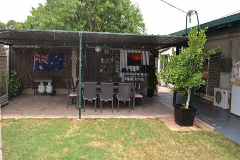 9 George Street, Kellerberrin, 6410, East - House / A Family Home in Quiet Surroundings / $185,000