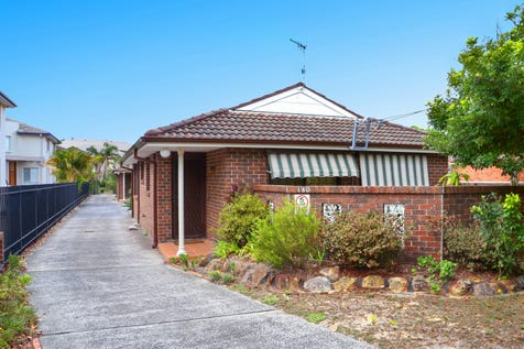 1-180 West Street, Umina Beach, 2257, Central Coast - House / Ideally positioned, beautifully presented home/villa / Garage: 1 / Secure Parking / Air Conditioning / Toilets: 1 / P.O.A