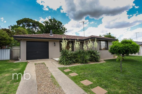 17 Northstoke Way, Orange, 2800, Central Tablelands - House / All the work is done! / Fully Fenced / Outdoor Entertaining Area / Garage: 1 / Air Conditioning / Built-in Wardrobes / Dishwasher / Open Fireplace / Rumpus Room / P.O.A