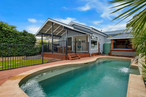 69  Albion Street, Umina Beach, 2257, Central Coast - House / Top Package ! / Deck / Fully Fenced / Outdoor Entertaining Area / Shed / Swimming Pool - Inground / Garage: 5 / Secure Parking / Air Conditioning / Living Areas: 2 / $799,000