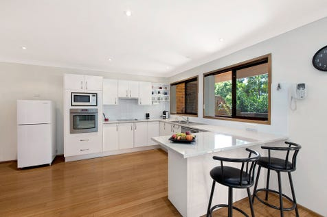 21 Redgum Close, Bateau Bay, 2261, Central Coast - House / Spacious Living on a 765m2 block / Garage: 2 / $595,000
