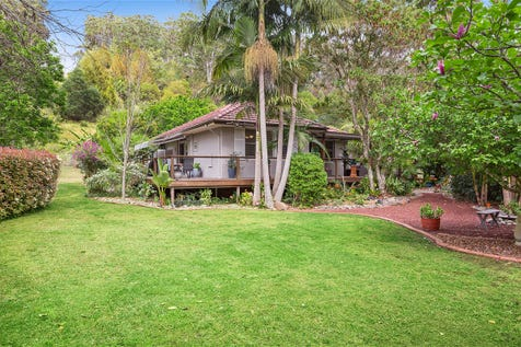 36 Dog Trap Road, Ourimbah, 2258, Central Coast - House / Picture Perfect in a Perfect Location! / Garage: 2 / $1,350,000