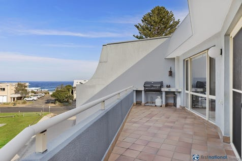 10/21-23 North Avoca Parade, North Avoca, 2260, Central Coast - Unit / Perfect Beach Getaway / Garage: 4 / P.O.A