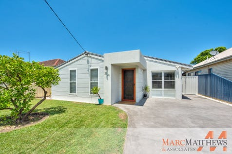 34 Neptune Street, Umina Beach, 2257, Central Coast - House / Beautifully Finished Dual Income Property! / Shed / Open Spaces: 1 / Built-in Wardrobes / Floorboards / Ensuite: 1 / $890,000