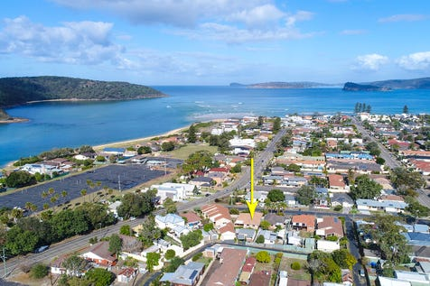 3 Palm Street, Ettalong Beach, 2257, Central Coast - House / Walk to beach - Solid investment - Awesome location / Carport: 1 / Garage: 1 / Secure Parking / Air Conditioning / Toilets: 3 / $865,000