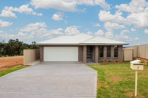 4 Alexander Dawson Court, Mudgee, 2850, Central Tablelands - House / BRAND NEW - READY TO ENJOY / Open Spaces: 2 / Air Conditioning / Built-in Wardrobes / Ensuite: 1 / $529,000