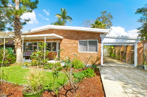 34 Manoa Road, Budgewoi, 2262, Central Coast - House / Just Right! / Garage: 1 / $400,000