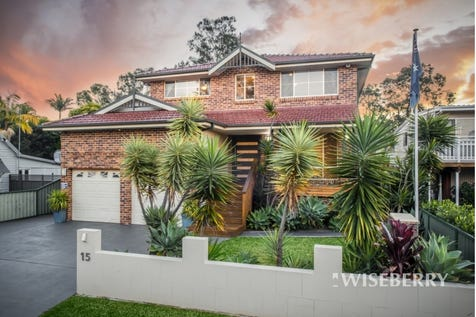 15 Henry  Street, Chittaway Point, 2261, Central Coast - House / OVERSIZED FAMILY HOME - EXCLUSIVE LOCALE  / Garage: 2 / $840,000