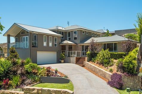 3 Sunnyvale Close, Lisarow, 2250, Central Coast - House / Commanding High Calibre Residence / Garage: 2 / P.O.A
