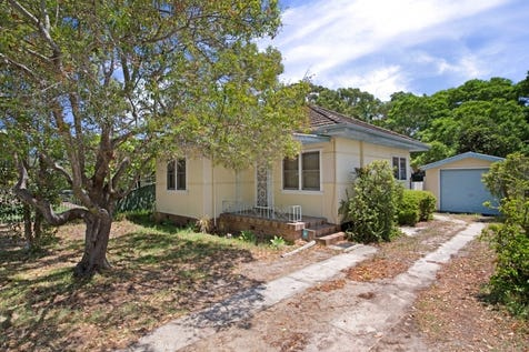 129 Paton Street, Woy Woy, 2256, Central Coast - House / 695.6SQM OF LAND, ORIGINAL TWO BEDROOM HOUSE / Garage: 1 / $550,000