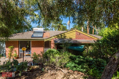 26 Tunnel Road, Swan View, 6056, North East Perth - House / Tranquil Location / Balcony / Carport: 1 / Air Conditioning / Toilets: 1 / $395,000