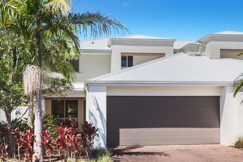 10/2 Brunswick Road, Terrigal, 2260, Central Coast - Townhouse / Spacious family townhouse in resort style complex / Garage: 2 / P.O.A