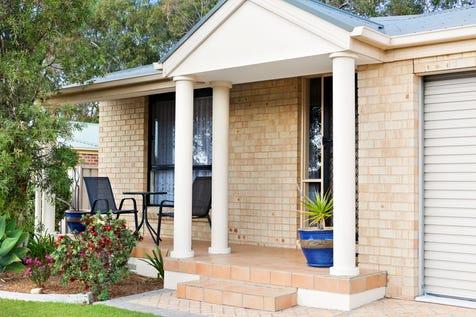 28 Woodbridge Crescent, Lake Munmorah, 2259, Central Coast - House / Charming Low-Maintenance Home + High Side of Street / Garage: 2 / $439,000