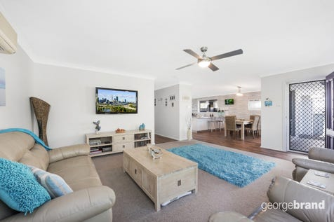 15 Kalulah Ave, Gorokan, 2263, Central Coast - House / Vibrant family home with pool and guesthouse / Garage: 2 / $670,000