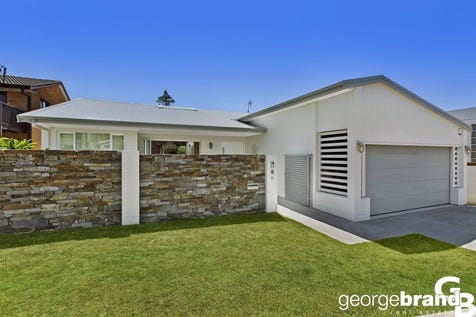 6 Calais Road, Wamberal, 2260, Central Coast - House / The Oasis / Garage: 2 / $1,875,000
