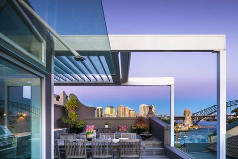 2 Waiwera Street, McMahons Point, 2060, Lower North Shore - House / World-Class Design And A Spectacular Harbour Panorama / Carport: 2 / $7,200,000