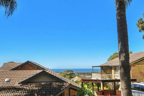 2/10 Minkara Road, Bayview, 2104, Northern Beaches - Retirement Living / Charming 2 bedroom unit with ocean views / Garage: 1 / $520,000