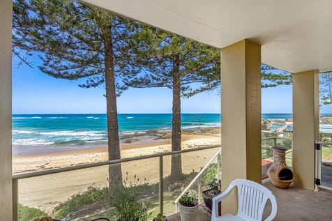 1/74 Ocean Parade, The Entrance, 2261, Central Coast - Unit / Beachfront Bliss with Awe-Inspiring Uninterrupted Views / Balcony / Outdoor Entertaining Area / Garage: 1 / Secure Parking / Built-in Wardrobes / $850,000
